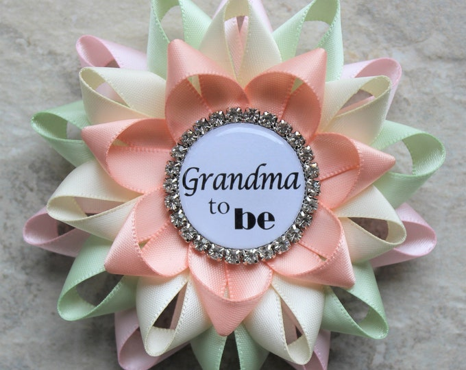 New Grandma Pin, New Grandma Gift, Baby Shower Gift for New Mom, Nonna, Nana to Be, Big Sister, Pale Pink, Seafoam Green, Ivory, Peachy Pink