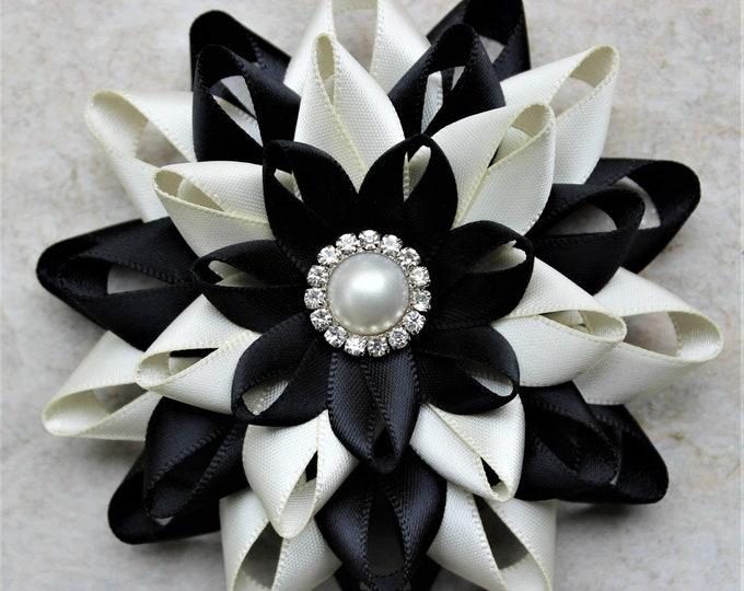 Black and Ivory Corsage, Flower Bracelet, Ivory and Black Wedding Flowers, Black and Pearl Wedding Flowers, Prom Corsage, Homecoming