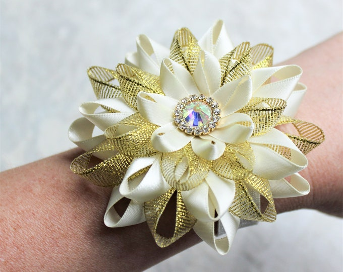 Ivory Wedding Flowers, Ivory Wrist Corsage, Ivory and Gold Wedding Corsage, Ivory and Gold Flower Pin, Wedding Corsages for Mothers