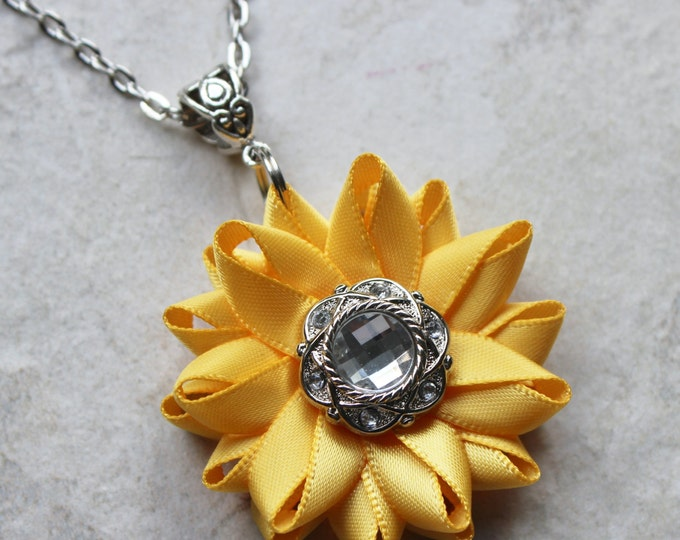 Golden Yellow Sunflower Necklace, Sunflower Wedding Jewelry Bridesmaid Gift