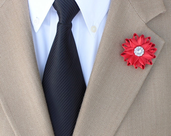 Red Lapel Flower for Men, Men's Red Boutonniere, Mens Boutonniere, Mens Lapel Flower, Custom Color Lapel Flowers, Mens Accessories