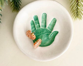 Handprint jewelry Plate, Personalized Baby handprint Jewelry Dish, Mommy jewelry Dish