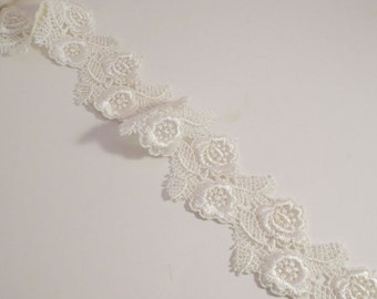 Ivory Floral Design Venise Lace Trim  Wide--One Yard
