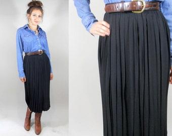 Vintage 1980s Classic Black Pleated Skirt / 80s Vintage Black Skirt / 1980s Skirt / Vintage Black Pleated Skirt