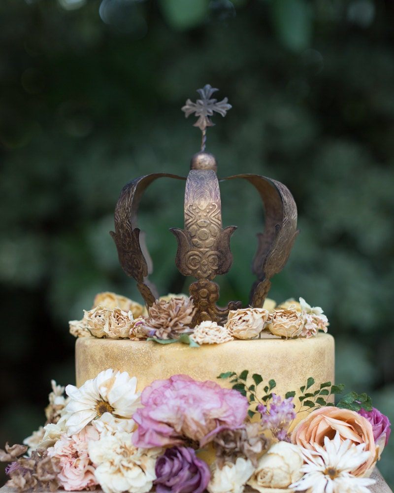 Need an idea for a fancy French themed party? Check out this Handmade gold crown cake topper!