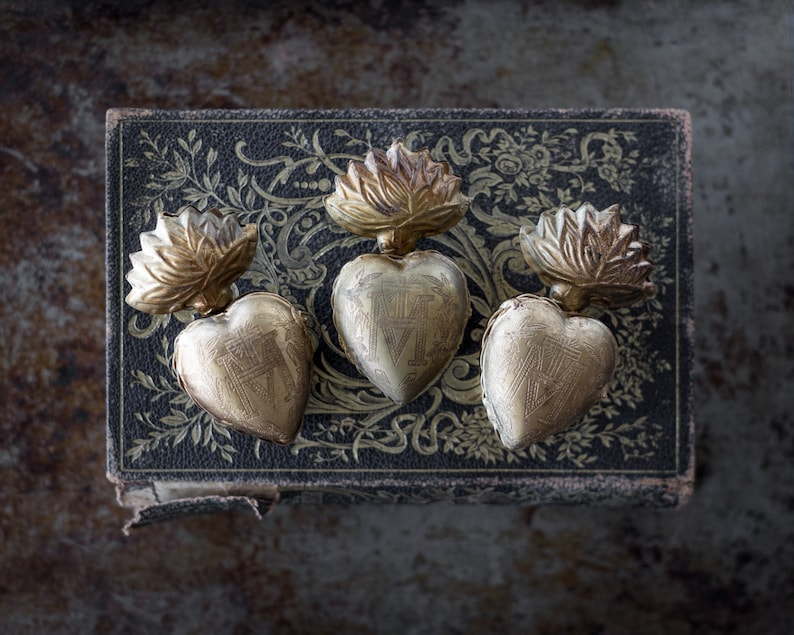 Sacred Heart Milagro Heart Set of 3 First Communion Gift image 1