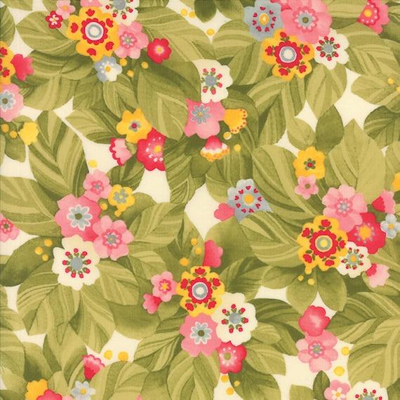 MODA Fabric ~ LULU ~ by Chez Moi by 1//2 yd Dainty//Mist 16115 17