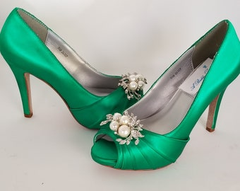6fa0abc54bf Emerald Green Wedding Shoes Emerald Green Bridal Shoes - Over 100 Color  Choices Dyeable Bridal Shoes Green Bridesmaid Shoes Crystal Pearls