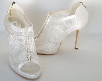 bf8e44698 Lace Wedding Shoes with Pearl and Crystal Accent Lace Bridal Shoes Lace  Booties Shoes Lace Pumps Ivory Wedding Shoes Ivory Bridal Shoes