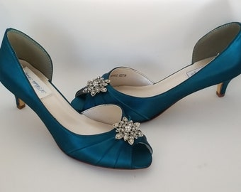 afe484132a1 Teal Wedding Shoes with Vintage Style Flower Teal Bridal Shoes Teal  Bridesmaid Shoes PICK FROM 100 COLORS Different Heel Heights