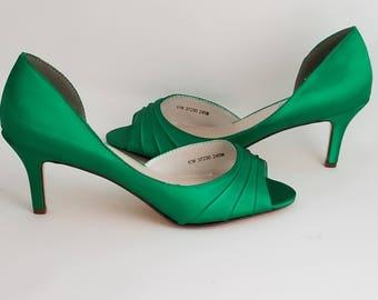 91cd0756243bb Green Wedding Shoes Green Bridal Shoes Green Bridesmaid Shoes Emerald Green  Shoes PICK FROM 100 COLORS Bridesmaid Shoes