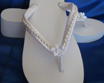 45fae79d3b89a9 White Flip Flops or Ivory Flip Flops Bridal Flip Flops Sandals with Pearls  and Flowers