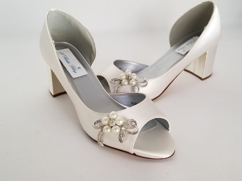 e99f72db6a1 Ivory Wedding Shoes Block Heel Crystal Pearl Bow Design Ivory