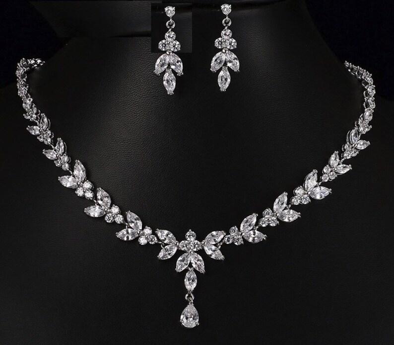 4d14691da2 Srebrny naszyjnik kryształ i kolczyk zestaw srebrny ślub