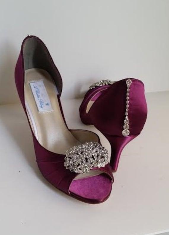 3fc4a1e2d9ec Burgundy Wedding Shoes Burgundy Bridal Shoes with a Vintage