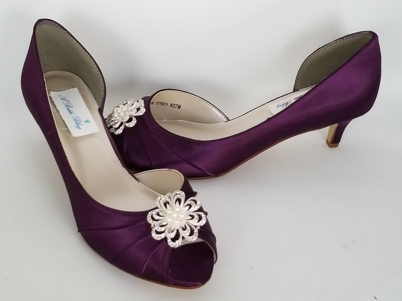 Chaussures de mariage violet aubergine avec perle et de cristal Fleur broche chaussures de et mariée violet aubergine 100 couleurs aubergine violet demoiselle d'honneur chaussures ce7d38