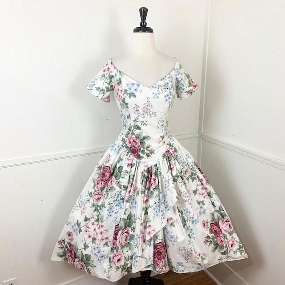 1980's Vintage Romantic Cotton Floral Gown | Loral