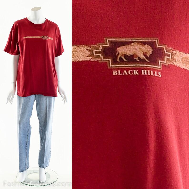 Black Hills T-shirtVintage Red TeeSouth Dakota Vintage image 0