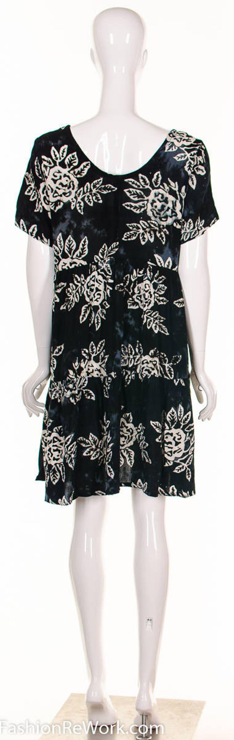 358831cdd23 90 s Batik BABY DOLL HAWAIIAN Dress Rose Print Dress Tie