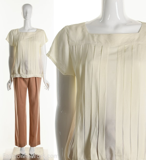 Vintage Minimalist Blouse, White Blouse, Pleated W