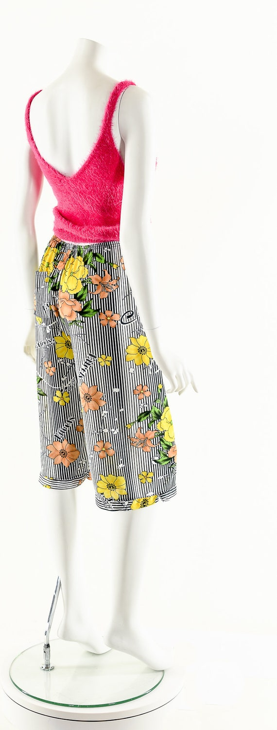 Striped Floral Print Pants,70s Novelty Print Capr… - image 6