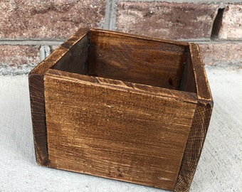 Reclaimed wood small square box