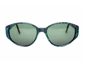 purple green sunglasses women - oval vintage sunglasses for her - deadstock sun glasses from the 1980s - MOD vintage eyewear