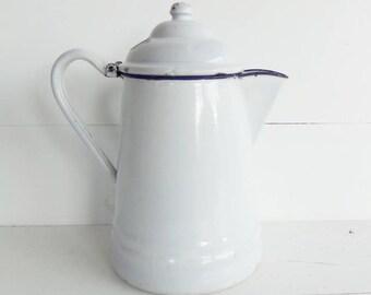 White Graniteware Coffeepot, Enamelware Coffeepot, Vintage Graniteware
