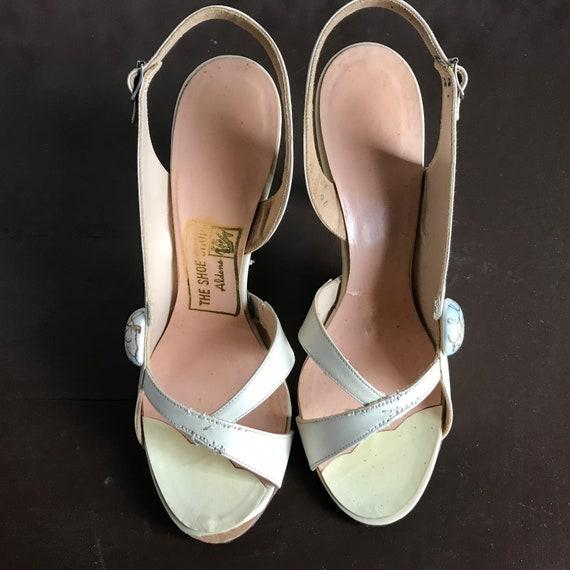 Vintage 1940s 1950s Hand Painted High Heel Open T… - image 2