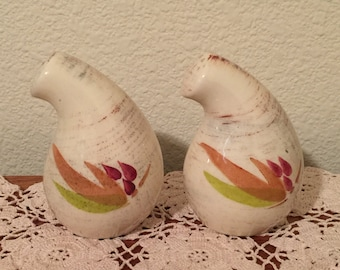 Vernon Kilns Salt and Pepper Shadow Leaf Pattern 1960s Pottery FREE SHIPPING
