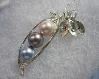 Mommy Necklace- Sweet Peas in a Pod Necklace (2, 3, or 4 peas- pick your color)