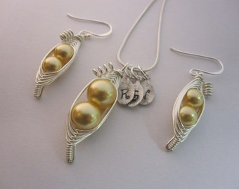 Sweet Peas in a Pod Necklace and Earring Set (2, 3, or 4 peas- pick your color) Bridesmaids, Mother to Be, Best Friend