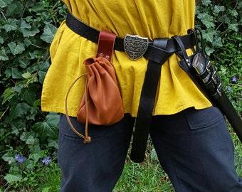 Medieval, Renaissance, Fantasy Black Leather Belt w/ Noble Buckle