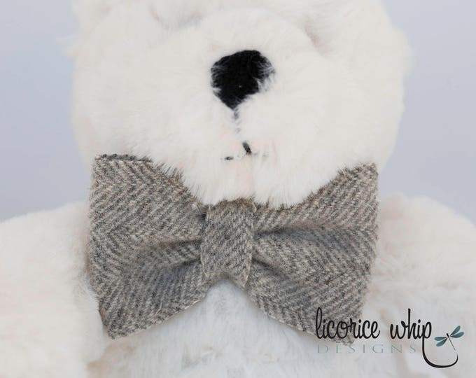 Gray Herringbone Wool Felt Bow Tie, Christening, Baptism, Trendy Baby, Photo Prop, Baby Boy, Toddler Boy, Special Occasion, Accessories