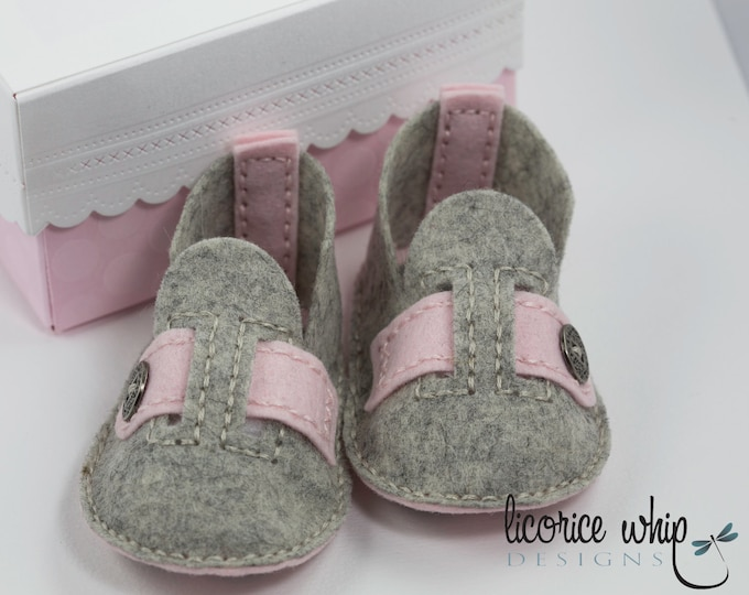 Mary Jane Baby Shoes, Mary Janes, Wool Felt Baby Booties, New Baby Gift Box, Baby Girl Booties, Baby Girl Gift, Baby shower Gift
