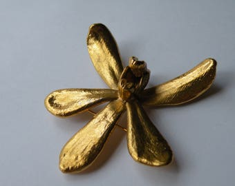 RISIS Real Orchid 24k Gold Plated  Pin Brooch. Singapore.