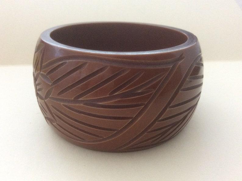 Plastic Bangle Bracelet Dark Chocolate Brown Carved Floral leaf Motif 2  58 diameter Thick Heavy