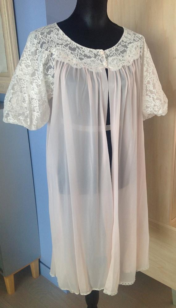 Vanity Fair Pink Peignoir Robe