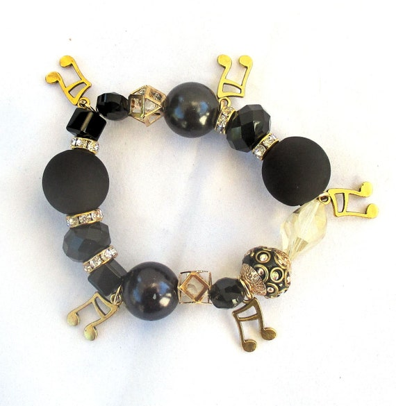 Musical Note Charm Stretch Bracelet in Black and Gold, Best Fit for 6-7 inch Wrist