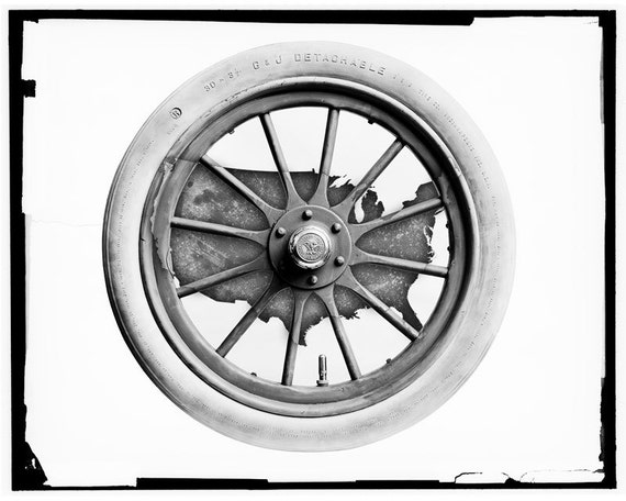The EnTire U.S. - Antique Automobile Wheel - United States Map Print