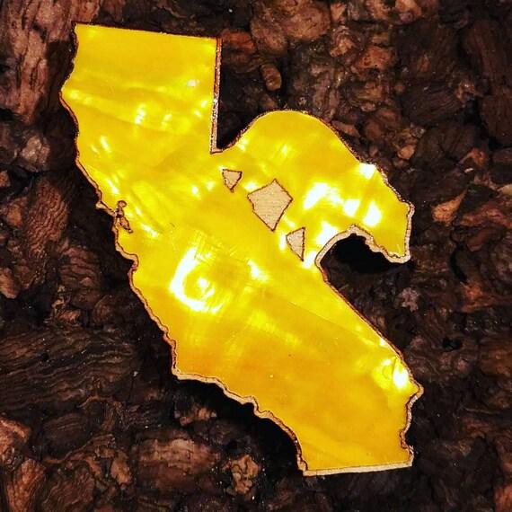 California Bear Inlaid Wood Pin - Yellow