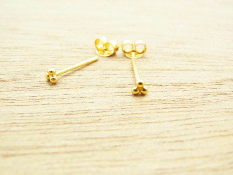 c69047179 1 pair of 3mm 24K Gold Plated Triangle Dots Stud | Etsy