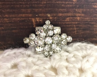 Vintahe Rhinestone Diamond Shape Brooch / Pin