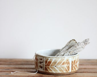 vintage feather stitch pottery bowl