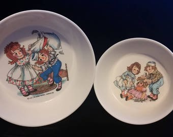 Set of 2 vintage Raggedy Ann and Andy Oneida cereal bowls ( Bobbs-Merrill Company Inc.  )