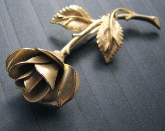 Vintage Rosebud Brooch, Pastelli Costume Jewelry