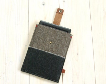 KINDLE KOBO COVER case - Sandbrown and black felt - leather closure - Paperwhite Voyage Aura, One, Glo Hd