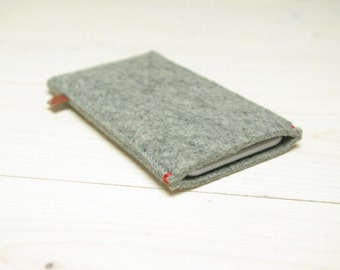 FELT IPHONE 8 X COVER basic case in Grey Gray wool - red accent - for all iPhone models