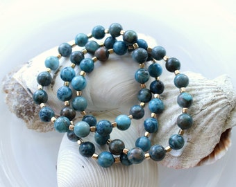 Beaded Stretch Bracelet with Blue Crazy Lace Agate and Gold Accents