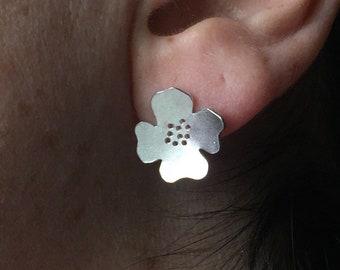 91bceda61e3f Dogwood Flower Sterling Silver Stud Earrings